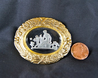Vintage Glass, Cameo, Cupid, Cherub Brooch, Pin.
