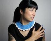 Blue & White - collar - crochet