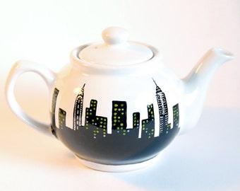 NYC Teapot - Handpainted, New York, Skyline, Manhattan, Ceramic Tea Pot