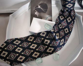 Tie 80's retro