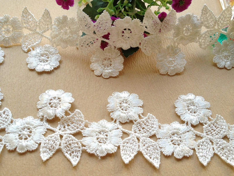 Daisy flower lace trim bridal lace trim wedding dress for Daisy lace wedding dress