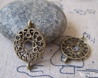 20 pcs of Antique Bronze Filigree Round Connector Charms 16x24mm A4373
