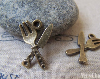 20 pcs of Antique Bronze Fork Knife Cutlery Charms 13x20mm A2280