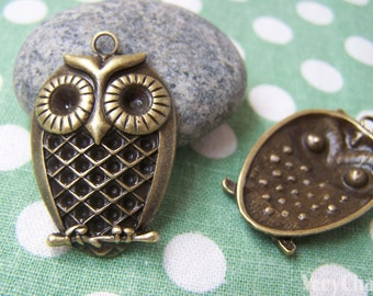 6 pcs of Antique Bronze Lovely Owl Pendants Charms 23x33mm A117