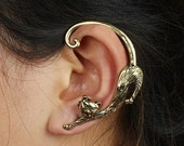 Punk Cat earring (Left,1pc) Cat earring ouroboros Kitten Cat gauge Cat earring Segmated full body Cat Kitty Earrings front and back.E706737