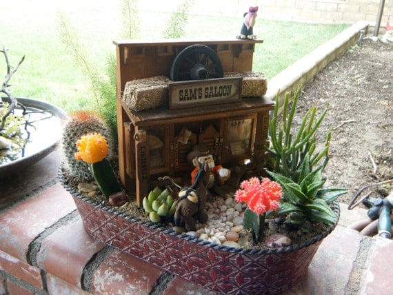 Succulent and cactus planter saloon scene - One of a kind