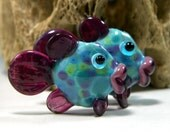 MADE TO ORDER: Adorable Pair of Turquoise and Pink Lampwork Fish Bead Pair by StarFishyBeads