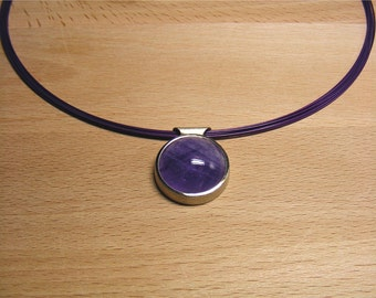 Silver Pendant with amethyst