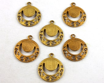 4x Vintage Brass Filigree Charms - M019