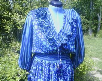 Figure Flattering Indigo Lites One Size Fits All Dress