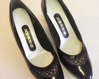 Vintage Red Cross Shoes Black Patent Leather Heels Pumps Size 7