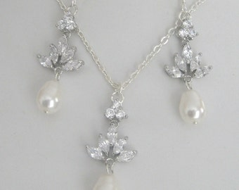 Bridal Crystal Leaf Cubic Zirconia design with silver chain neckalce and earrings set Bridal Accessories Bridal Jewelry Wedding Jewelry