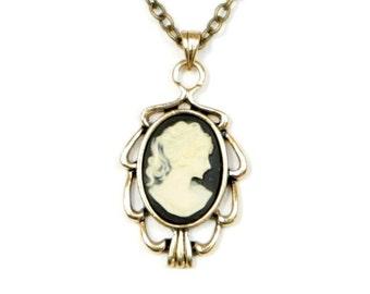 Steampunk Elegant Gothic Lolita Neo-Victorian Antiqued Brass Frame Cameo Necklace by Velvet Mechanism