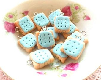 6pcs Bisquits - Blueberry