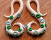 Pair of 2g (2 gauge) Tentacle Spiral Plug Earrings - Tapers
