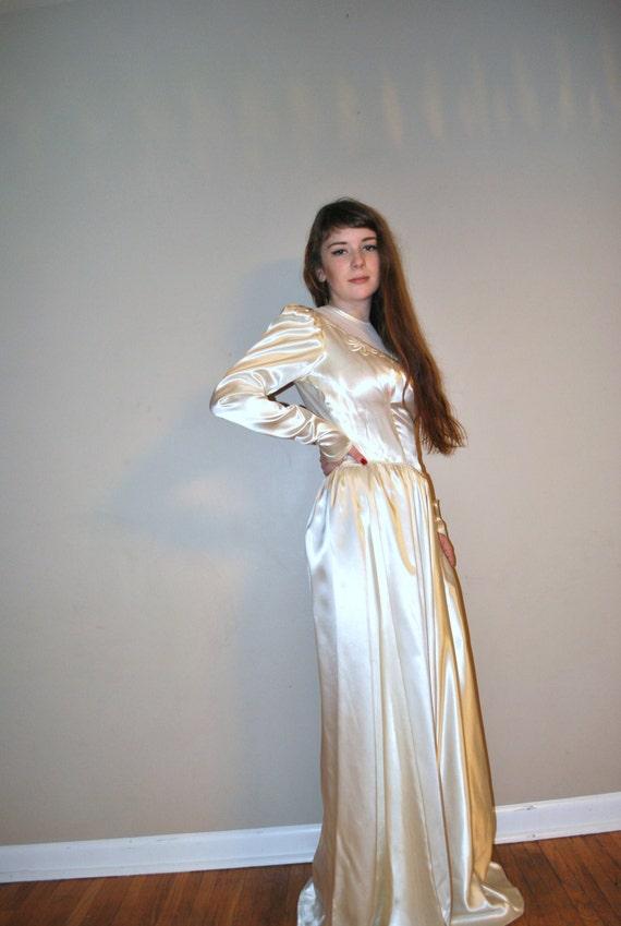 1940s Dress Silky Stars Vintage 40s Dress: Vintage 40s Wedding Dress / 1930s 1940s Dress / By