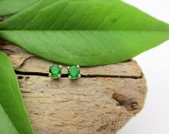 Chrome Diopside Earrings in Gold, Silver, Platinum, or Palladium with Genuine Gems, 3mm - Free Gift Wrapping