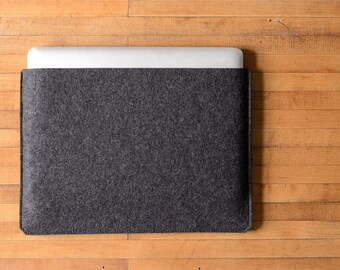 "Simple MacBook Pro Sleeve - Charcoal Felt - Long Side Opening for the New 13"" MacBook Pro or the New 15"" MacBook Pro"