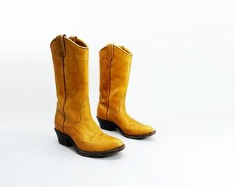 Tan Cowboy Boots, Vintage Size 5, Women Cowboy Boots, Tan Gold Boots, Boulet Cowboy Boots, Tan 70s Boots, Size 5 1/2