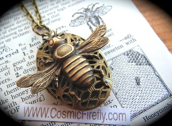 Brass Bee Necklace Rustic Locket Vintage Inspired Gothic Victorian Antiqued Brass Locket Lightweight Primitive Finish