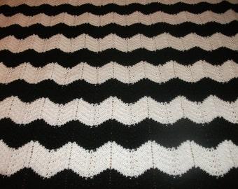 Black and White Chevron Blanket