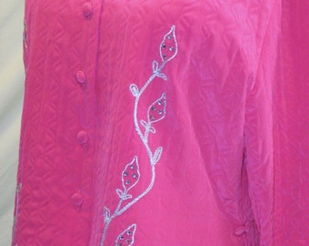 Vintage Art Deco Style by Rhapsody~Quilted Nylon SHORTY JACKET Coat ~Asian Pink..Mandarin Collar..Appliqued Front Shorty Jacket