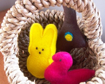 Felt Food Easter Pretend Play Set for Childrens Toy Kitchen Chocolate Bunny, Chick and Bunny Eco Friendly Felt