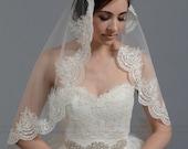 Mantilla bridal wedding veil 45x36 elbow white alencon lace
