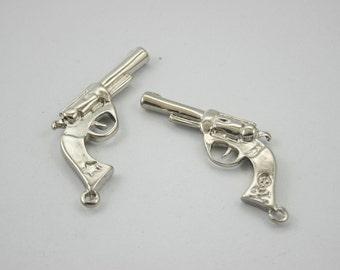 5 pcs.Zinc Silver Tone Star Skull Handgun Pistol Charms Pendants Decorations Findings 22 mm. RCW5