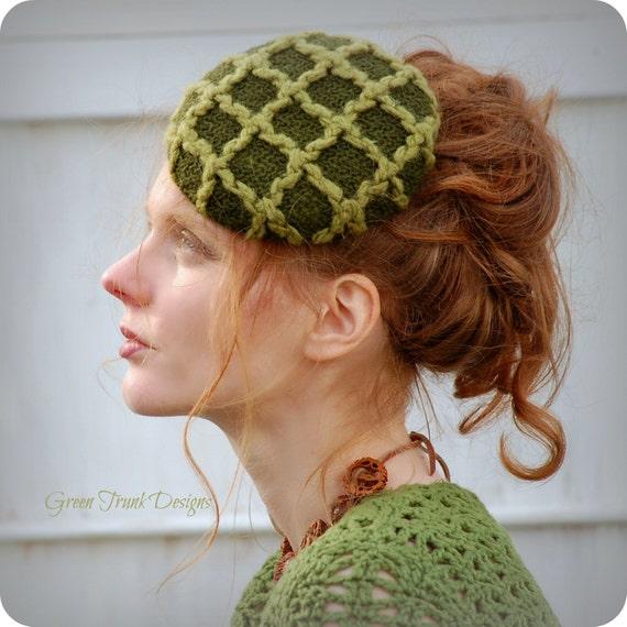 Women Green Pill Box Hat Fascinator Mini Hat