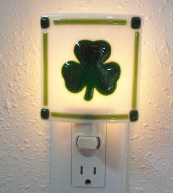 FUSED GLASS NIGHTLIGHT  -  Green Shamrock Fused Glass Nightlight, Irish Shamrock Fused Glass Nightlight, Irish Home Decor, Shamrock Decor