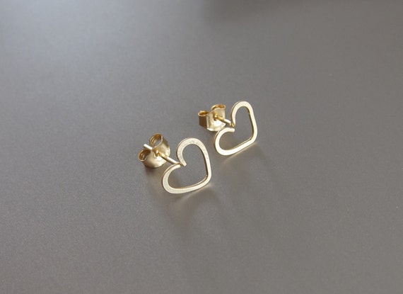 14K Gold Heart Earrings, Gold Heart Stud Earrings, Gold Heart Post Earrings, 14K Gold Stud Earrings, Valentine's Day Gift, Heart Earrings