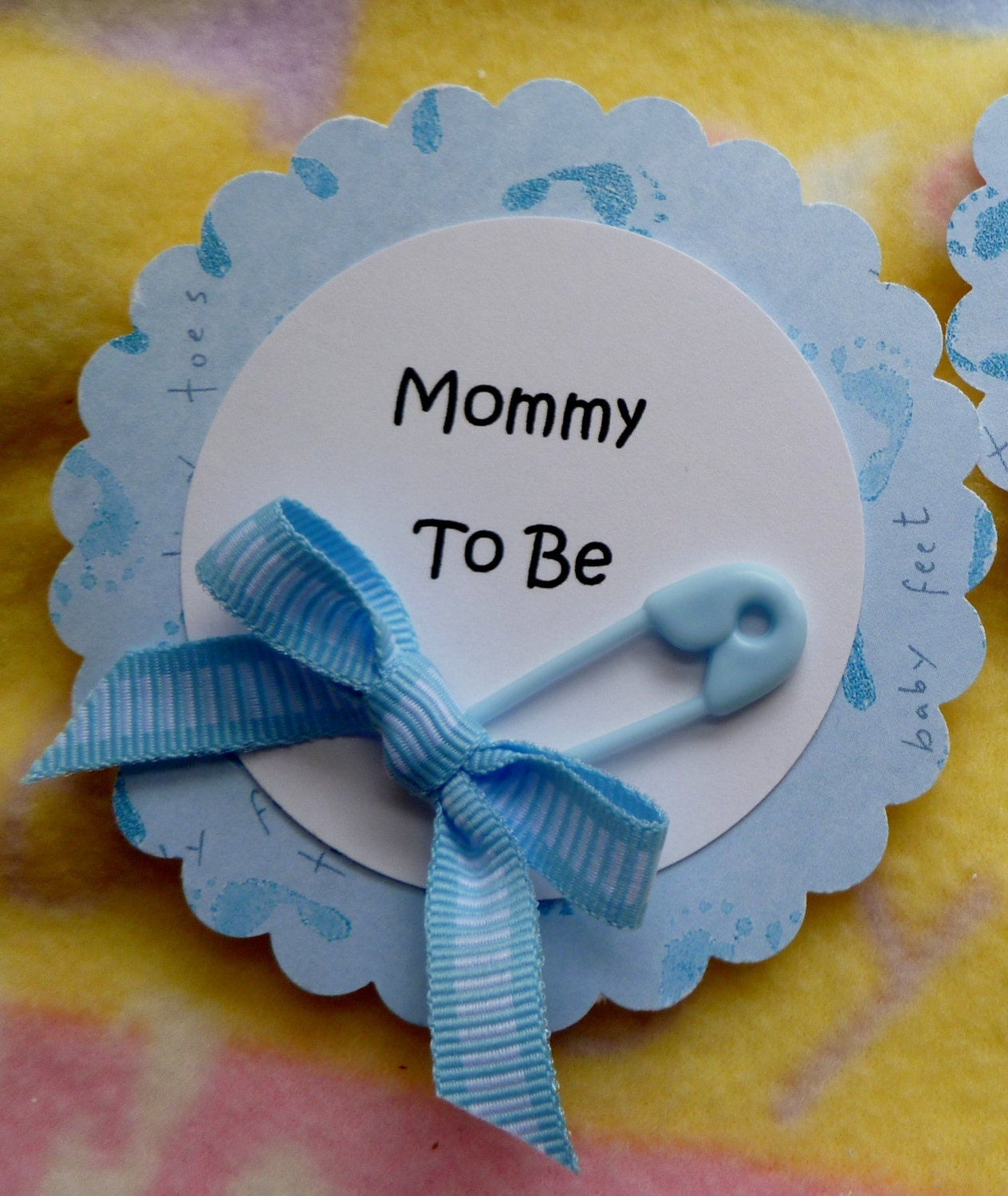 Baby Shower Gifts For Mommy To Be ~ Baby shower corsage with diaper pin and ribbon mom to