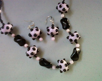 Pink and Black Polka Dot Necklace and Earrings (0501)