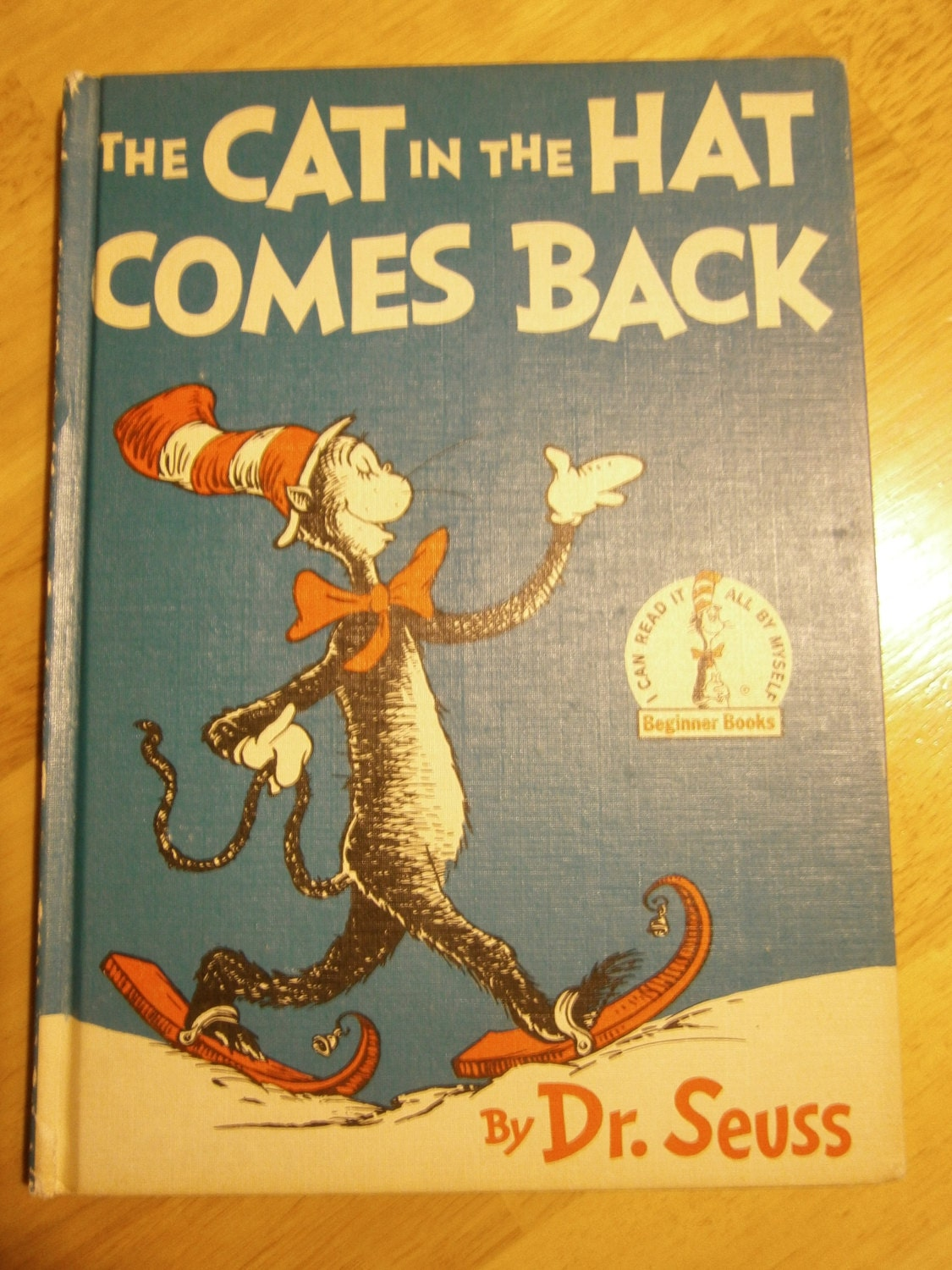 The cat in the hat comes back book review