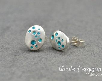 Bubble stud earrings in sterling silver.