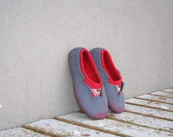 Women slippers - felted slippers - women's shoes - wool slippers - felt slippers - handmade - wool shoes - Mother's day gift