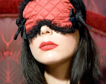 Red Quilted Silk Sleep Mask With Bows Eyemask Boudoir Pinup Burlesque Luxury Mask - La Madeleine - Love Me Sugar
