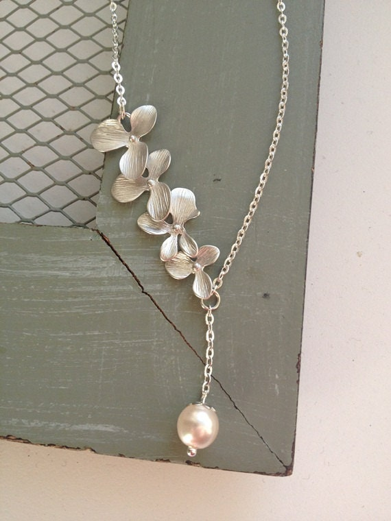 Simple Beauty- Silver Orchid Necklace with Cream Swarovski Pearl