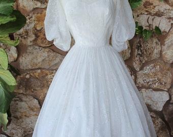 1950s Tea Length Wedding Dress // flocked cupcake princess