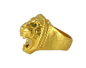Gold lion ring for men - Assyrian lion with tsavorite and ruby - Gold Plated Ring