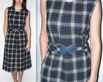 Georgy Girl ... Vintage 70s Pendleton jumper / 1970s plaid day dress / sleeveless midi sheath a line / schoolgirl secretary .. M L