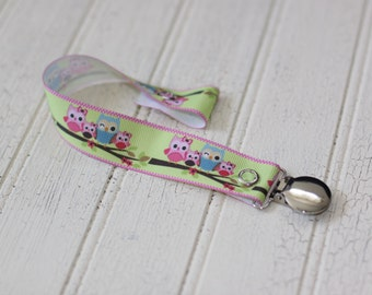 pacifier clips, owl soother clip, pink owl pacifier clip, baby girl soother clip, paci clip, Baby gift, , soother holder,