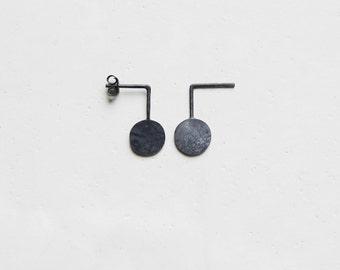 Graphic earrings // black circle earrings // geometric earrings // modern earrings // versatile earrings // Funny earrings // GM010