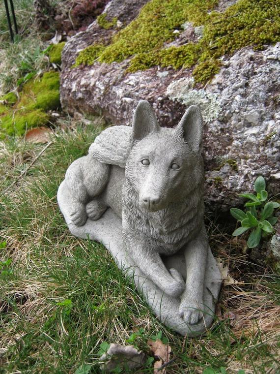 German Shepherd Statue, Dog Angel, Pet Memorial Statue, Concrete ...