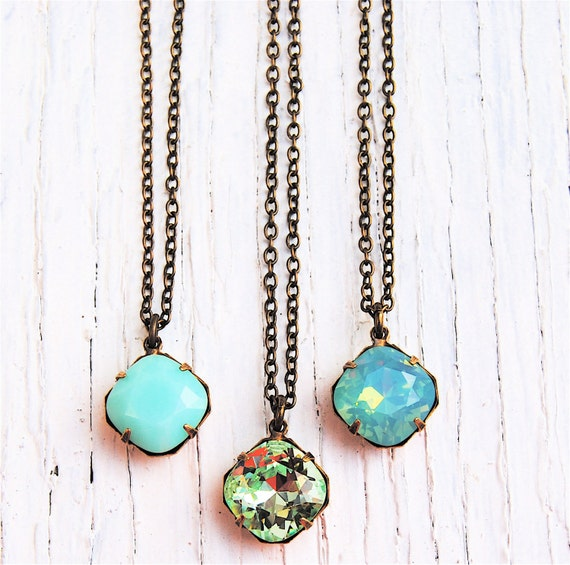 mint necklace green small pendant necklace bridesmaid necklace