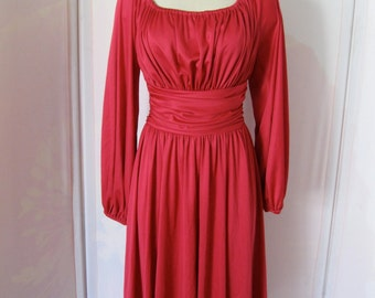 Gorgeous 1970's Vintage Dress