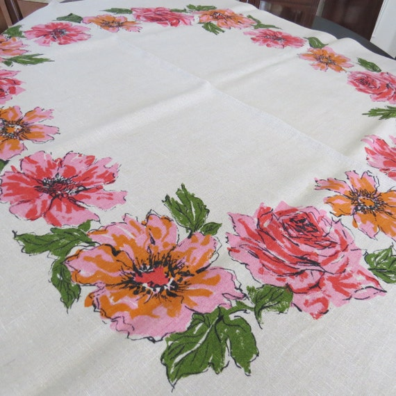 Vintage Mid Century Modern Tablecloth - Red Pink Orange Roses Flowers Oatmeal - Linen - Shabby Chic Country Cottage - Summer Table Linens