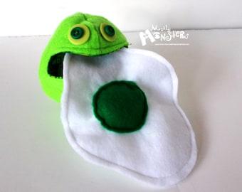 NOM NOM Egg-ceptional ... LIME green monster egg, toy egg inside, green egg, sqeaky toy, play food, Kawaii toy food