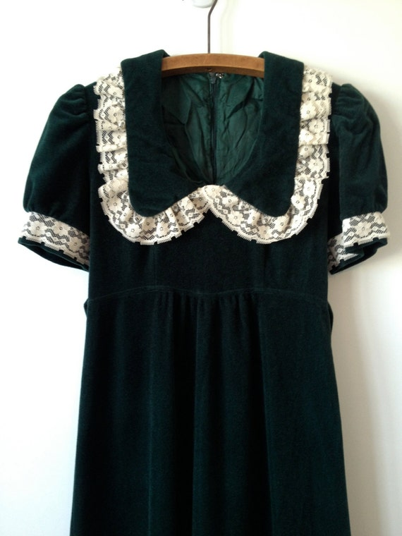 vintage 70s downton abbey green and cream lace empire maxi xs